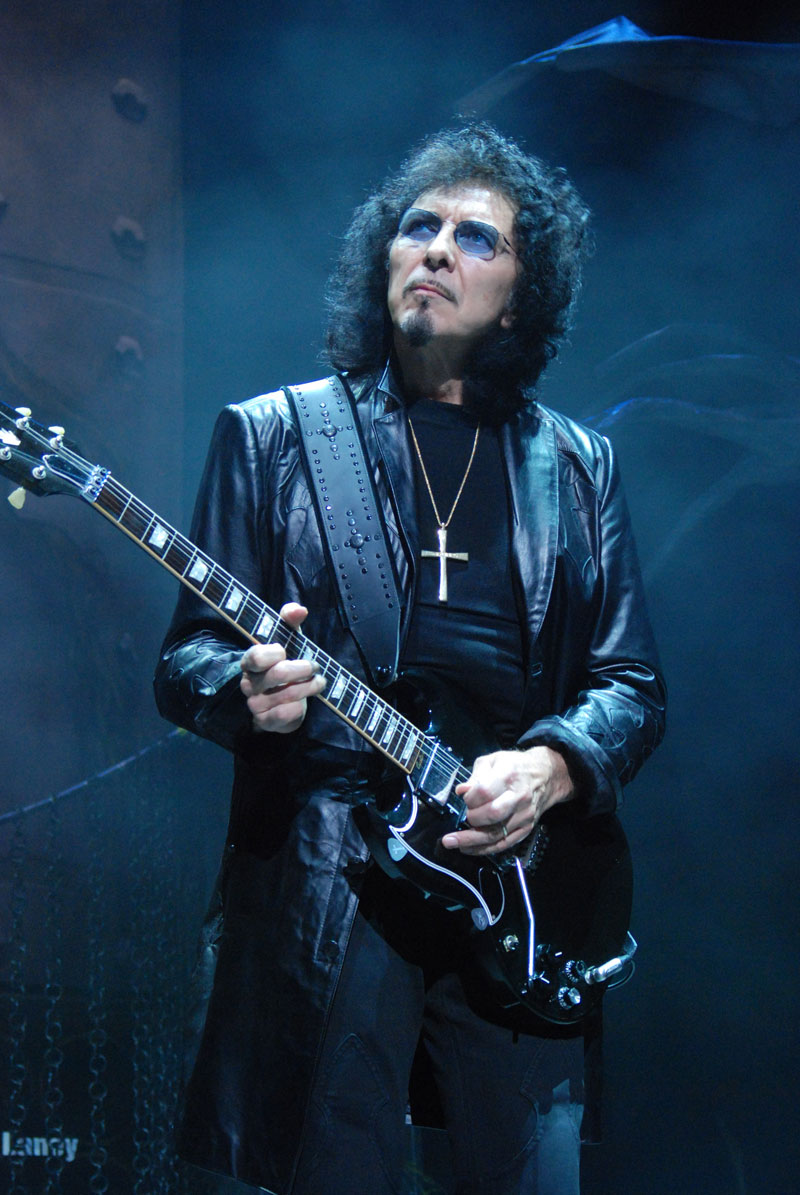 Has Toni Iommi 'beaten' cancer?
